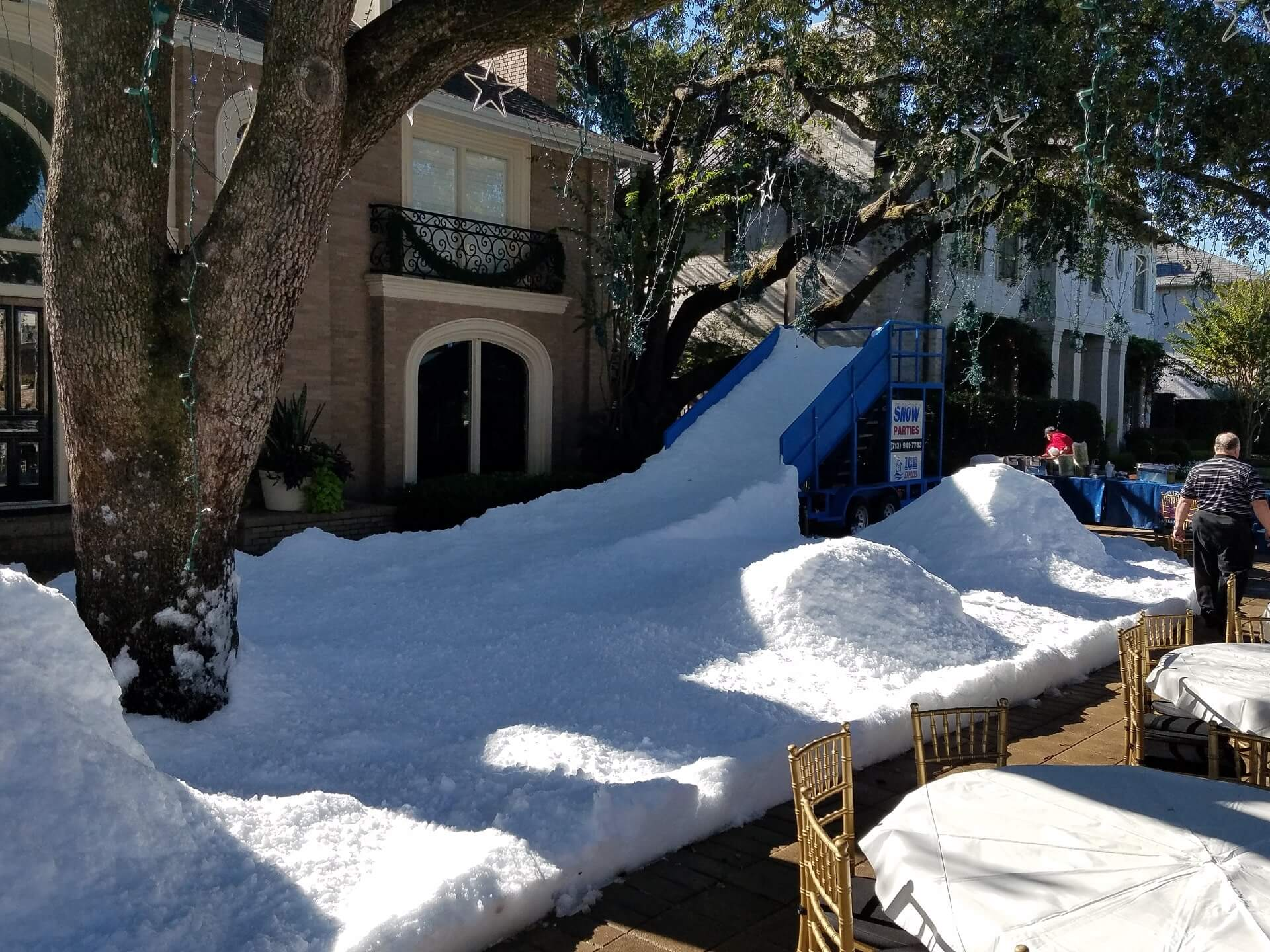 houston-christmas-snow-party